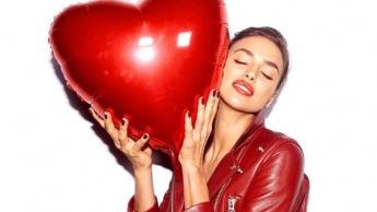 Modni dodaci za upotpunjavanje valentinovskog outfita